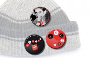 diseno objetos merchandising instituto cervantes pins